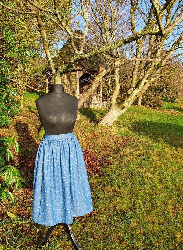 cleo skirt with summer house