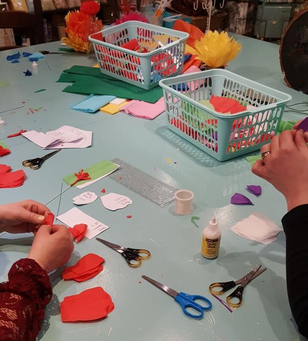 paper flower making workshop_edited